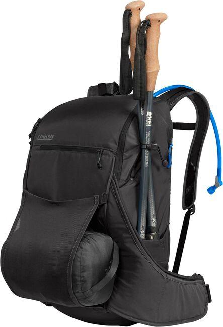 Palisade™ 32 100 oz Hydration Pack